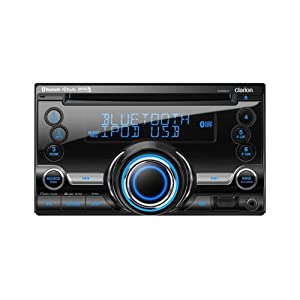 4. Clarion CX501 Double-DIN CD/Bluetooth/USB Receiver. Precio: $188.67