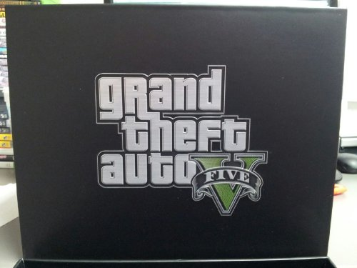 Grand Theft Auto V Collector's Edition EMPTY Box aluminum alloy water drop shaped cake