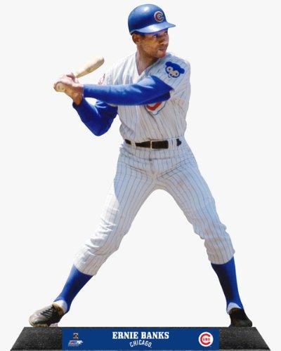 a description of ernie capadino from major league baseball Quando a segunda guerra mundial ameaça fechar a primeira divisão da liga de beisebol (major league baseball)  o personagem de jon lovitz, ernie capadino.