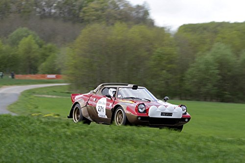 lancia-stratos-right-front-motion-red-hd-poster-rally-racing-car-48-x-32-inch-print
