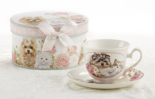 Porcelain Tea Cup And Saucer In Gift Box - Cats And Dogs