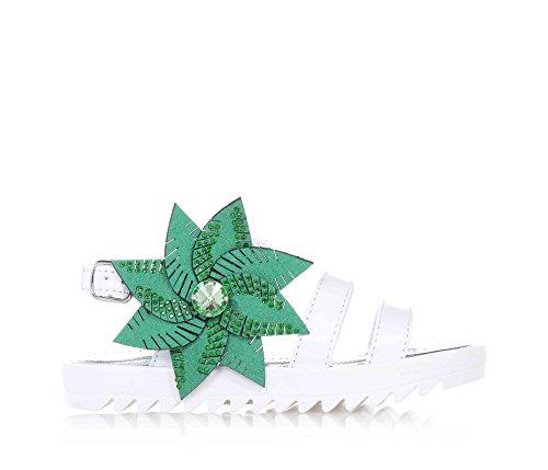 SAUSALITA - Sandalo bianco, in pelle, con chiusura con fibbia, grande fiore verde decorativo applicato sul laterale, ragazza, donna, Bambina-35