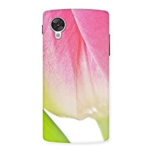 Ajay Enterprises Pink And White Rose Back Case Cover for Google Nexsus 5