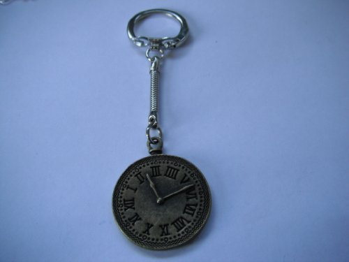 Steampunk Vintage Brass Effect Clock Face Keyring