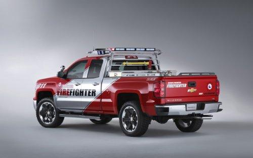 classique-et-muscle-car-ads-et-art-de-voiture-chevrolet-silverado-volontaire-pompiers-concept-2013-c