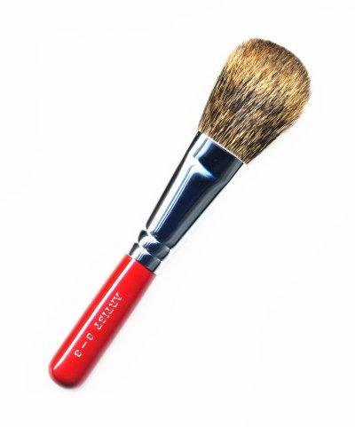 竹宝堂化粧筆 チークブラシ 8ー3 赤軸 熊野筆