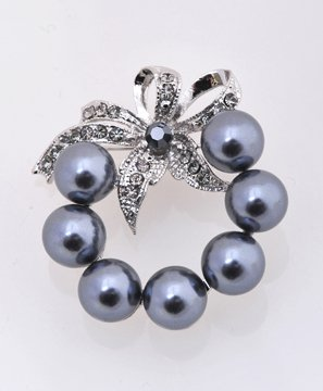Pearl and Rhinestone Floral Design Pin Brooch