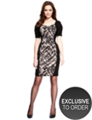 Petite Drop a Dress Size Abstract Print Ruched Dress with Secret Support™