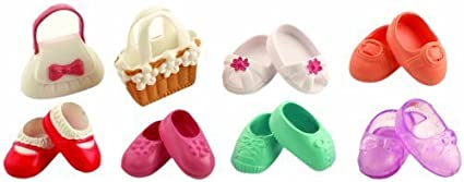 Sylvanian Families Shoes and Bags Set by Sylvanian Families (English Manual)