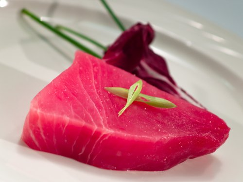 Ahi Tuna Steaks - 6 (6 Oz.) Portions, Naturally Organic, By Rastelli Direct