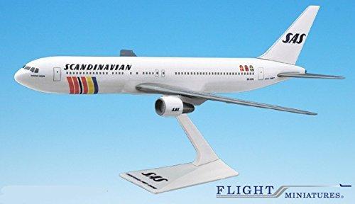 sas-scandinavian-767-300-airplane-miniature-model-plastic-snap-fit-1200-part-abo-76730h-021