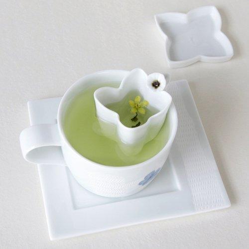 Blue And White Porcelain Flower Petal Design Ceramic Pottery Personal Tea Leaf Brewing Infuser Filter Strainer Cup Mug Teacup Saucer Gift Set