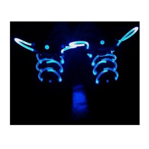 Childrens Light Up Shoes front-1073512