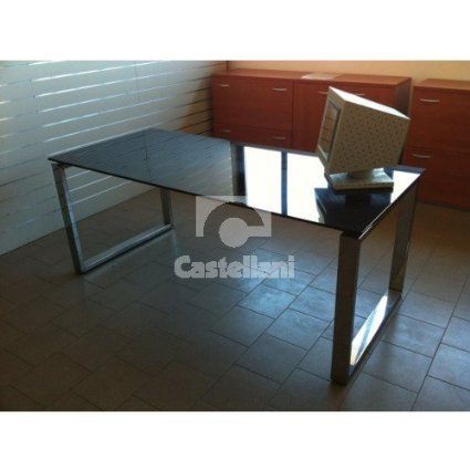 Office table/desk size cm 180x80x72h with black crystal desktop