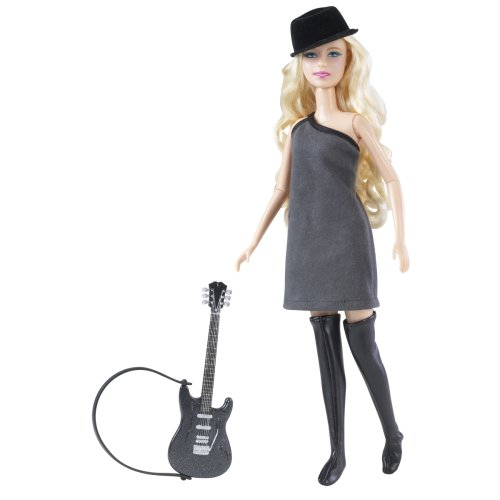 "Taylor Swift Performance Collection ""Picture to Burn"" Singing Doll"