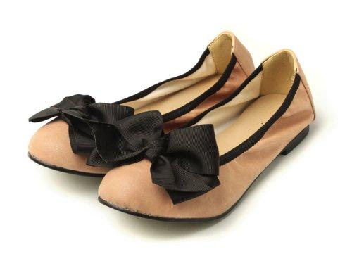 妊婦さんも履きやすいペタンコおしゃれ靴10選