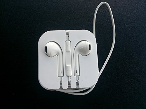 White Color Stereo Bass Headphone Mic Volume Control Remote Earphone Earpods Headset For Iphone 4S 5 Ipad 2 3 4