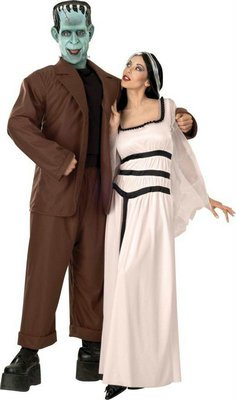 [Lily Munster Costume - Standard - Dress Size 14-16] (Flintstones Costumes For Family)