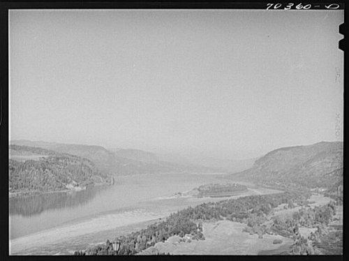 Columbia River. Multnomah County,Oregon