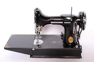 SINGER 221-1 Featherweight Sewing Machine