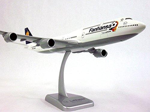 boeing-747-8-lufthansa-fanhansa-inflight-version-1-200-scale-model