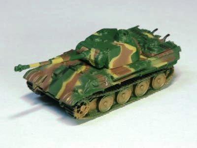 ドイツ軍 パンター (V号戦車) 中戦車 G型 三色迷彩(イエロー・ブラウン・グリーン)