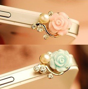 Rose Flower Pattern 3D Crystal Bead Pearl Diamond 3.5Mm Cellphone Charm Anti Dust Plug Earphone Headphone Jack Accessory For Apple Iphone 4 4S 5 Ipad 2 3 4 Mini Ipod Samsung Galaxy S3 S4 N7100 Note 2 Htc One X Blackberry Sony (Pink)