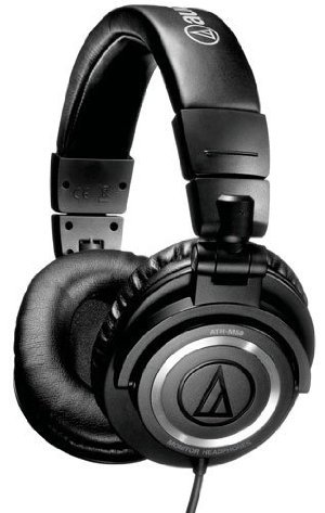 Audio-Technica ATH-M50 Professional Studio Monitor Headphones ( earphone ) with Coiled Cable [parallel import goods]