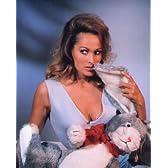 ブロマイド写真★映画『007カジノロワイヤル』ウルスラ・アンドレス/ウサギのぬいぐるみ