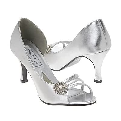 Coloriffics Bridal Shoes on Wedding Shoes With A Brooch And A Silver Color By Touch Ups