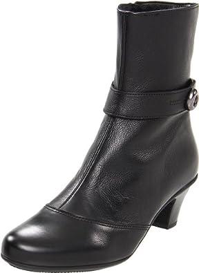 La Canadienne Women's Rimes Ankle Boot,Black,6.5 M US