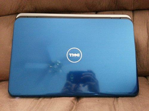Dell Inspiron 15R 15.6 Notebook / Intel Core i3-380M (2.53GHz) / 3GB Memory DDR3 / 320GB Hdd 5400rpm / DVD�RW / HDMI Webcam Bluetooth