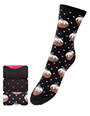3 Pairs of Freshfeet™ Cotton Rich Christmas Pudding Socks with Silver Technology
