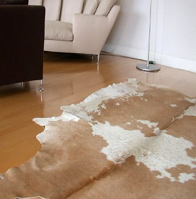 Large Palamino Natural Cowhide -Beige and Cream