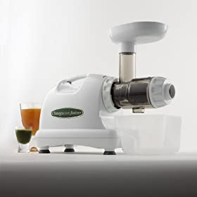 Omega 8004 Nutrition Center Single Gear Masticating Juicer