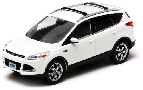 ford-escape-kuga-ii-weiss-2013-modellauto-fertigmodell-greenlight-143