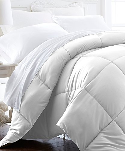 Comforter Duvet Insert White - Down Alternative Comforter, Hypoallergenic, Plush Siliconized Fiberfill, Box Stitched, Protects Against Du (Full/Queen 88-by-88 inch, White) (Hypo Allergenic Comforter Covers compare prices)