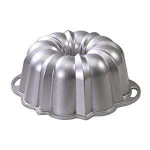 Nordic Ware Platinum Collection Original Bundt Pan, 12 Cup by Nordic Ware