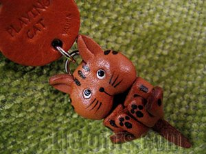 3D Tabby Cat Cell Phone Charms * PLAYING * VANCA Craft Petit Mini Mascot Leather Japanese