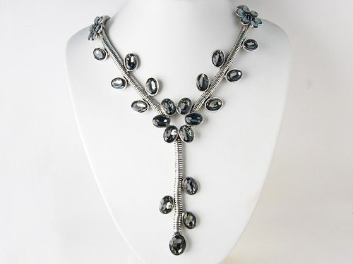 Elegant Grey Tone Crystal Rhinestone Floral Leaves Vine Dangle Flower Necklace