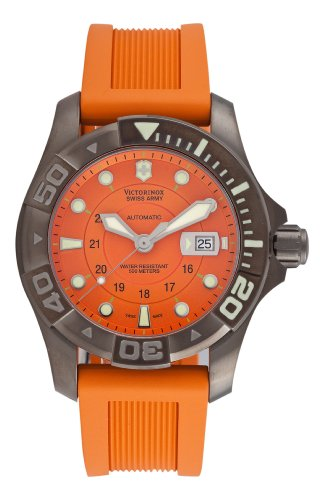 Victorinox Swiss Army Men&#8217;s 241354 Dive Master 500 Mecha Watch