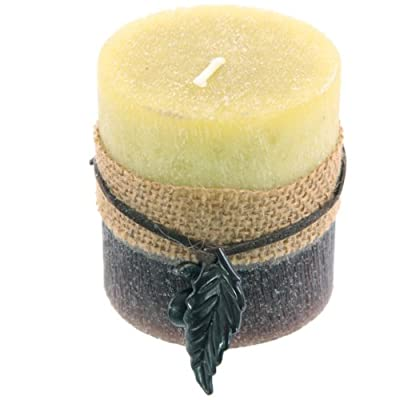 Hessian And Berry Apple Scented Round Pillar Candle 7 X 6cm by Puckator