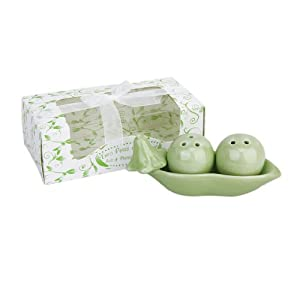 Two peas in a pot ceramic salt and pepper shakers wedding party bag fillers gift set amazon - Two peas in a pod salt and pepper shakers ...