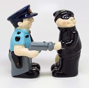Salt Pepper Shakers Set Cop And Robber New Ceramic
