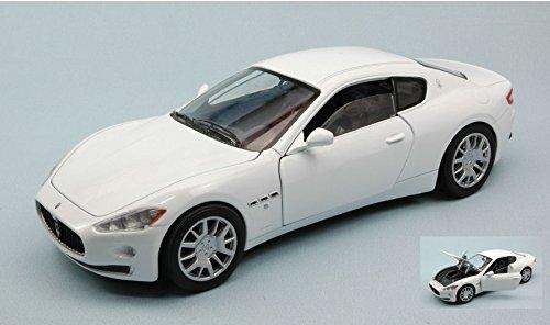 maserati-gran-turismo-2007-pearl-white-124-motormax-auto-stradali-modello-modellino-die-cast