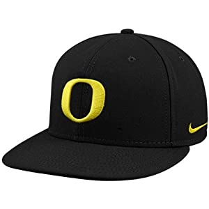 nike oregon ducks black on field fitted hat