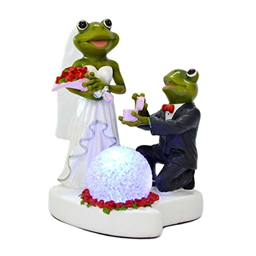 Gift Garden Ornaments Wedding Figurines with LED Light Couple Statue