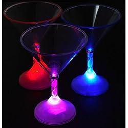 【LED カクテルグラス】グラスの脚が七色に変化 幻想的なグラスで バーカウンター にピッタリです!!