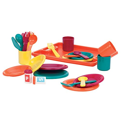 Child 30 Piece Dinnerware Play Set