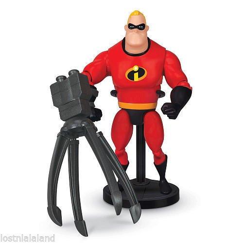 Qiyun Disney Pixar Deluxe Action Figure Mr Incredible